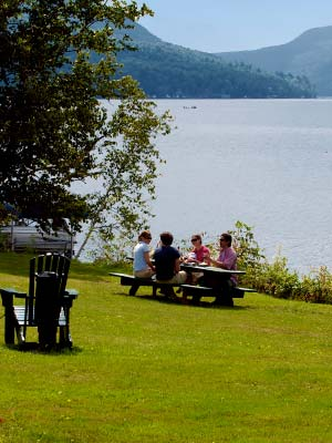 The willoughvale inn on lake willoughby vermont vermont for Lake willoughby cabins